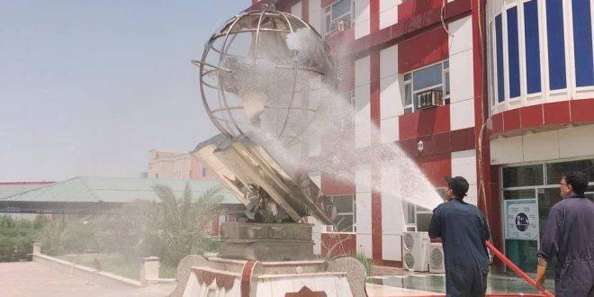 حملة تنظيف واسعة في كلية التربية الاساسية بالتعاون مع مديرية الدفاع المدني .